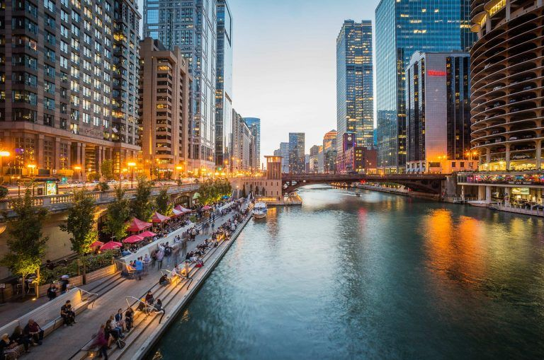Summer Evening Chicago River 768x509 - Chicago - 'Windy City' off the beaten track...