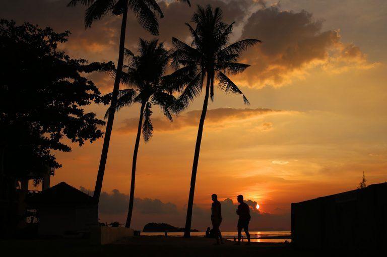 strand sonnenuntergang maenner tom on tour 768x510 - In Key West werden Träume wahr