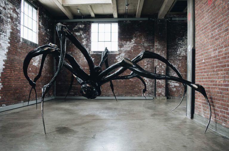 DIA Art Exhibition Beacon - Kunstobjekt Spinne