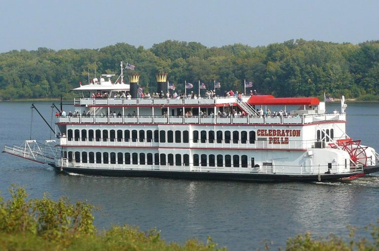 Besondere Aktivitäten Illinois Mississippi River Cruise ParkTOMONTOUR
