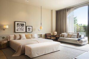 Junior Suite Carmen 300x200 - Hotel Peralada Wine Spa & Golf, Girona