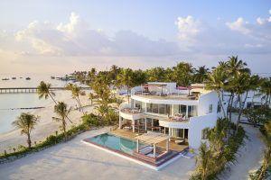 LNMA 3BED Beach 0607 F 300x200 - LUX* North Male Atoll Resort & Villas, Malediven