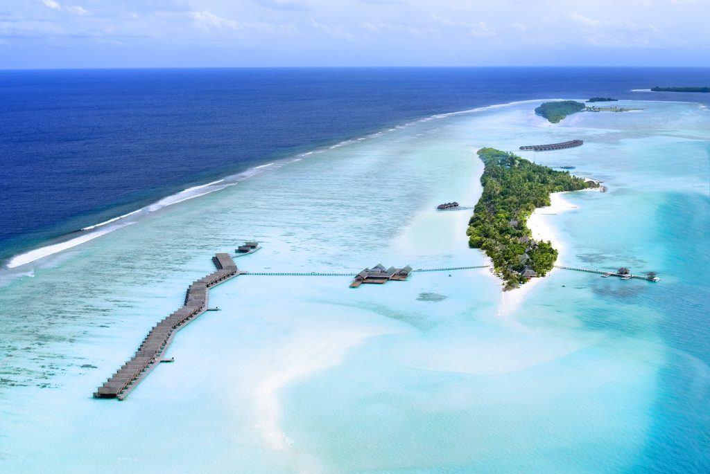 LSAA AERIAL 1 1024x685 - LUX* South Ari Atoll Resort & Villas, Malediven