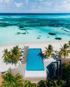 LSAA Senses Pool Aerial 993x1242 1 240x300 - LUX* South Ari Atoll Resort & Villas, Malediven