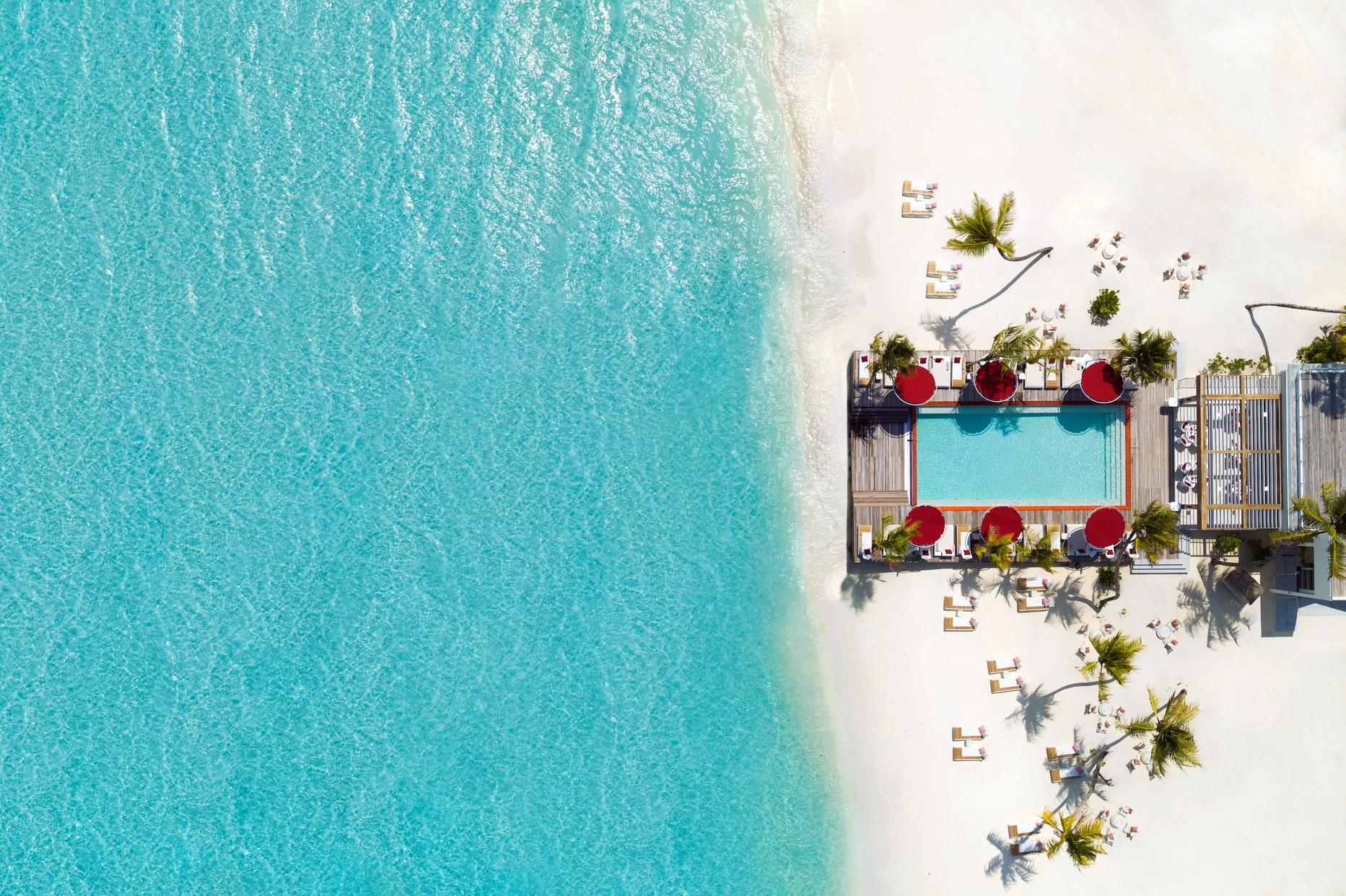 LUX NMA BeachRouge Aerial 1865x1242 1 - Italiens malerischste Strände