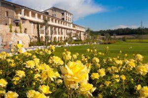 ROSE GIALLE SFONDO RESORT0030 300x200 - Chervò Golf Hotel & Spa San Vigilio, Lombardei
