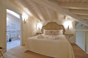 SUI BEDROOM 3659 300x200 - Chervò Golf Hotel & Spa San Vigilio, Lombardei