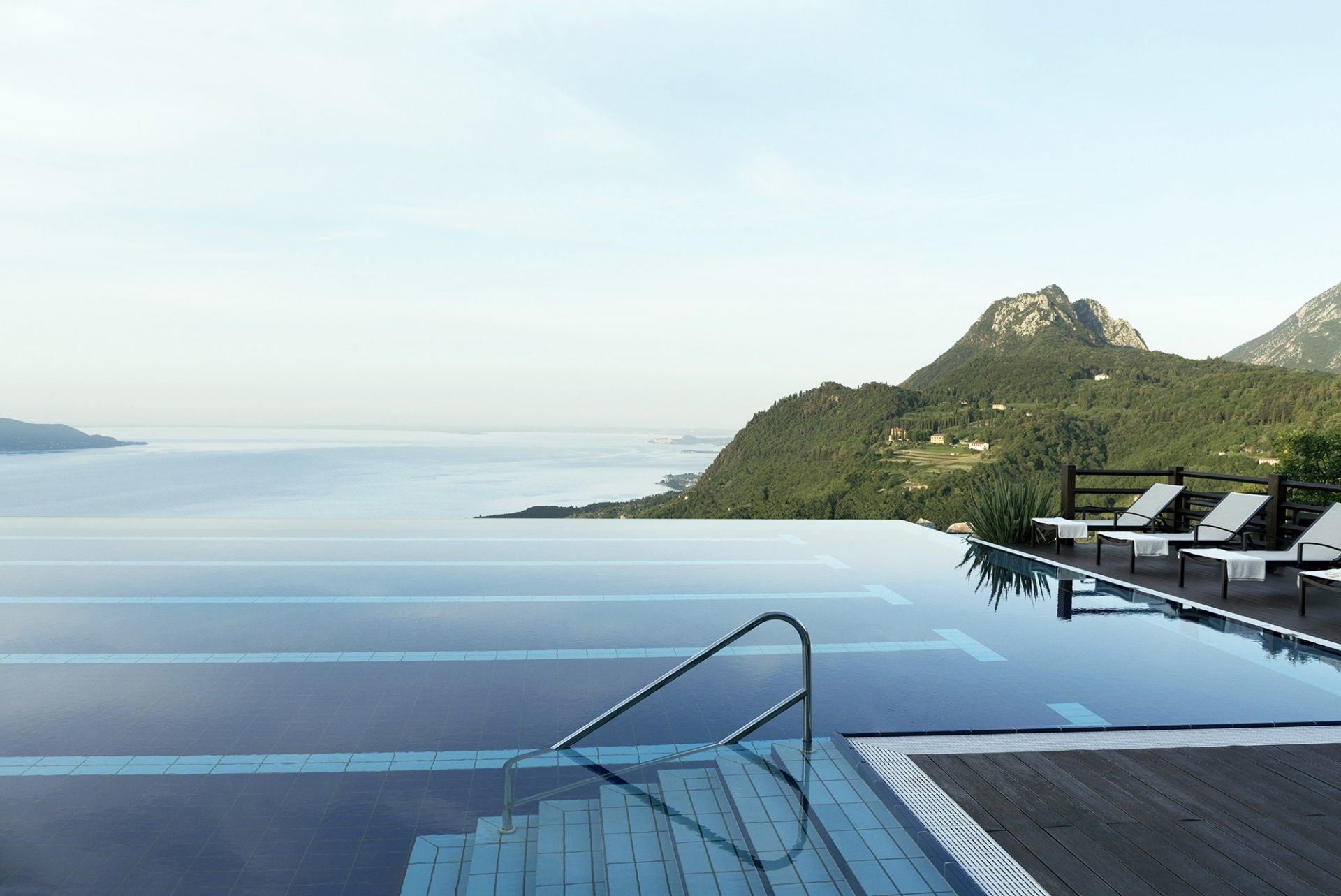 02 Pool Infinity with a view 1920x1283 - Lefay Resort & SPA Lago di Garda, Gardasee