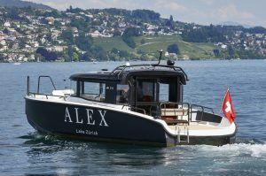 alex lake zucc88rich boot 300x199 - Alex Lake Zürich, Zürich