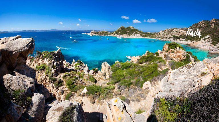 Sardegna con Logo 768x431 - Sonne, Strand und Meer an Italiens traumhaften Küsten
