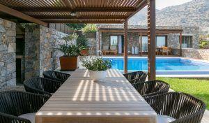 blue palace resort  spa royal blue villa outdoor 02 300x176 - Blue Palace Resort & Spa, Kreta