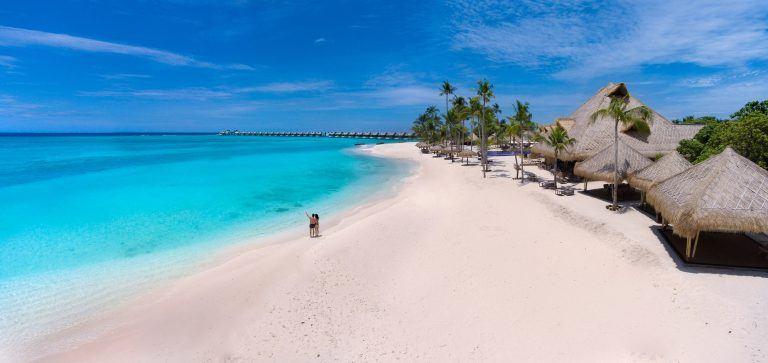 emerald maldives aerial beach 768x363 - Emerald Maldives Resort & Spa, Malediven