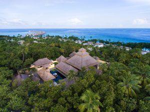 emerald maldives spa aerial r patti 300x225 - Emerald Maldives Resort & Spa, Malediven