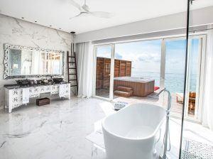 emerald maldives water villa bathroom view 300x224 - Emerald Maldives Resort & Spa, Malediven